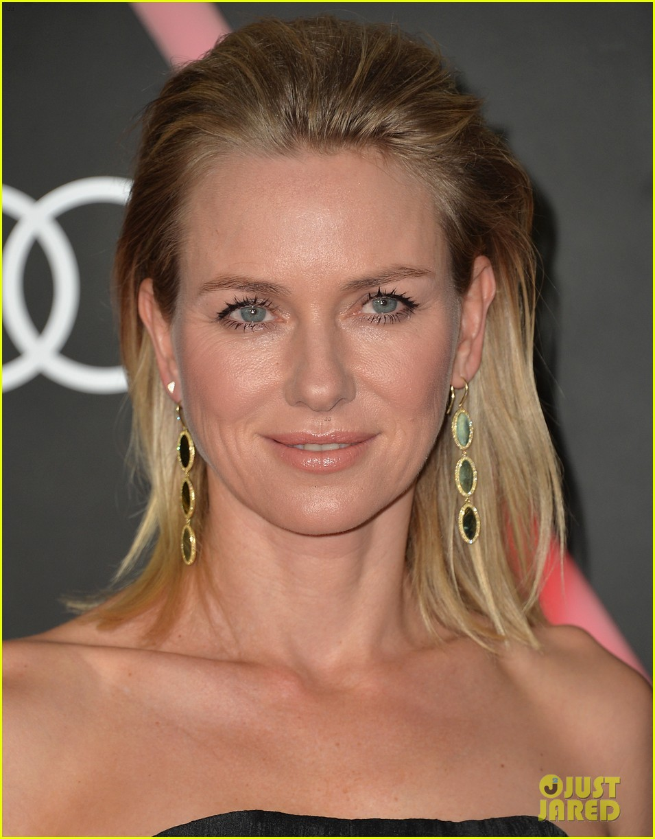 naomi watts liev schreiber audis pre golden globes party 023026808