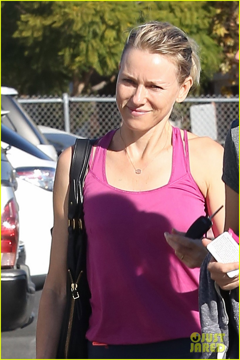 naomi watts liev schreiber give sons adorable school send off 113033674