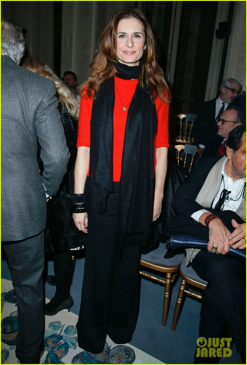 florence welch valentino fashion show in paris 083038936