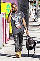 kanye west allegedly attacks man who screamed racial slurs at kim kardashian 01