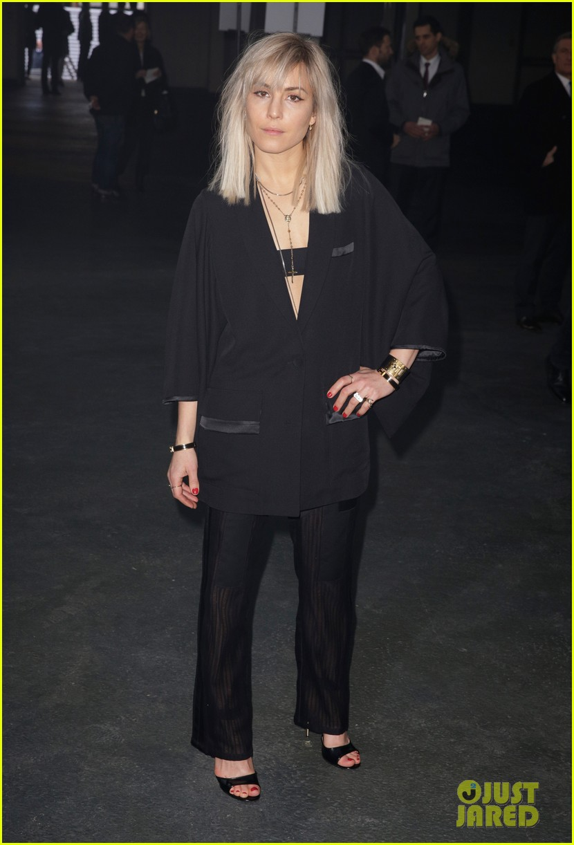kanye west noomi rapace givenchy fashion show 063033630