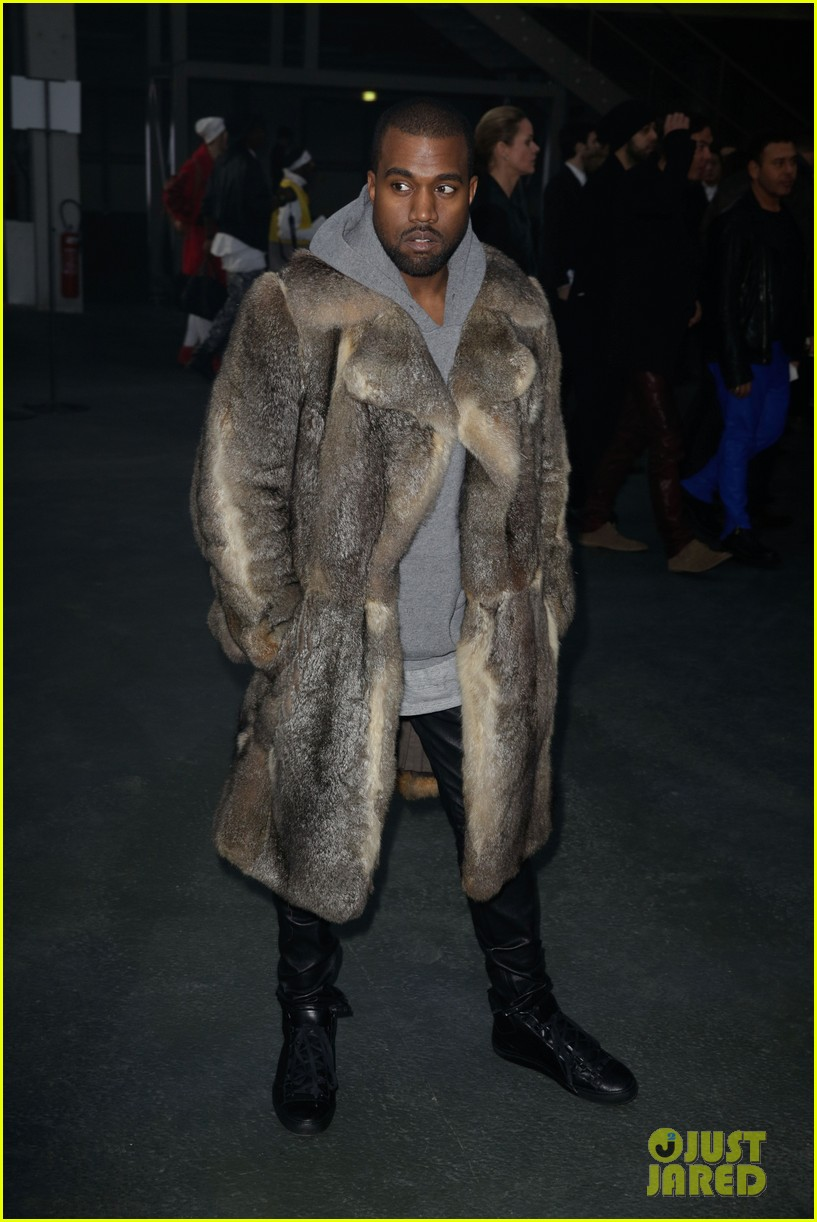 kanye west noomi rapace givenchy fashion show 173033641