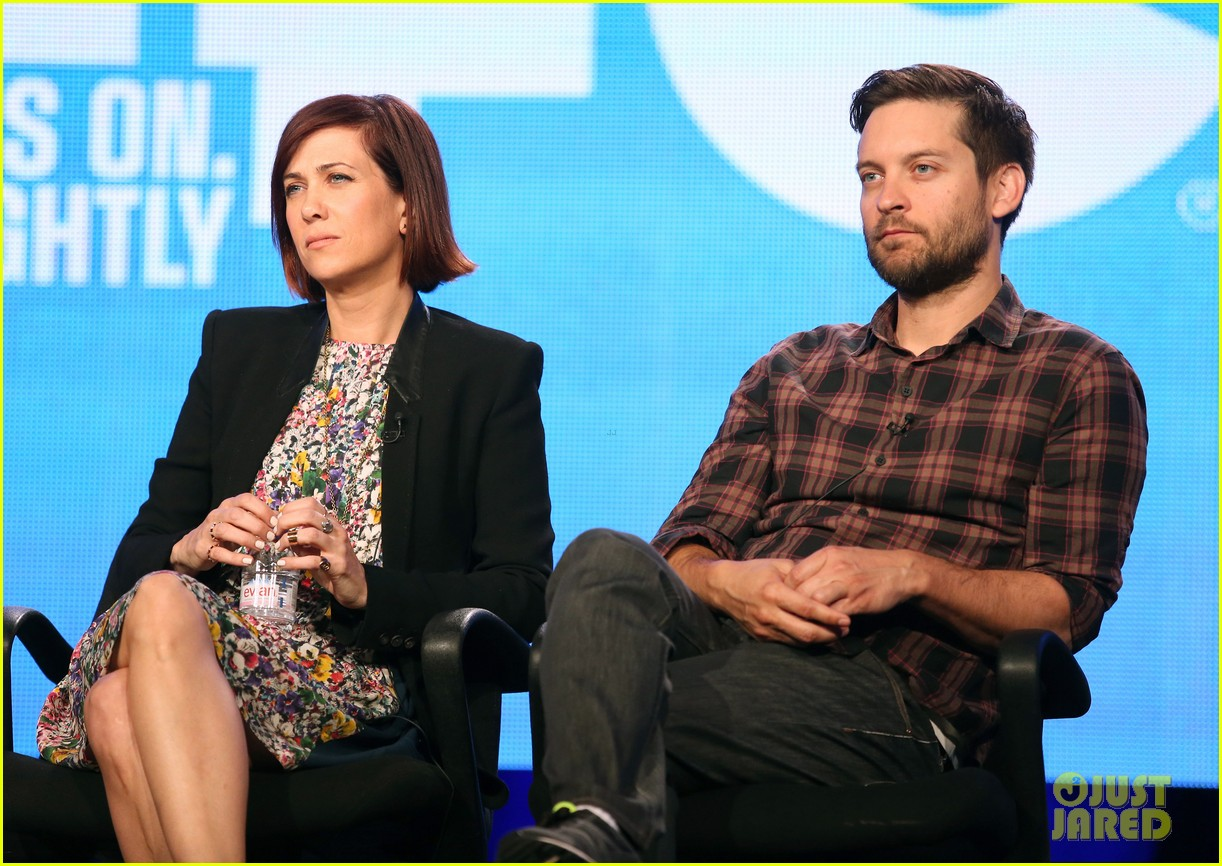 kristen wiig tobey maguire spoils of babylon tca panel 143026429