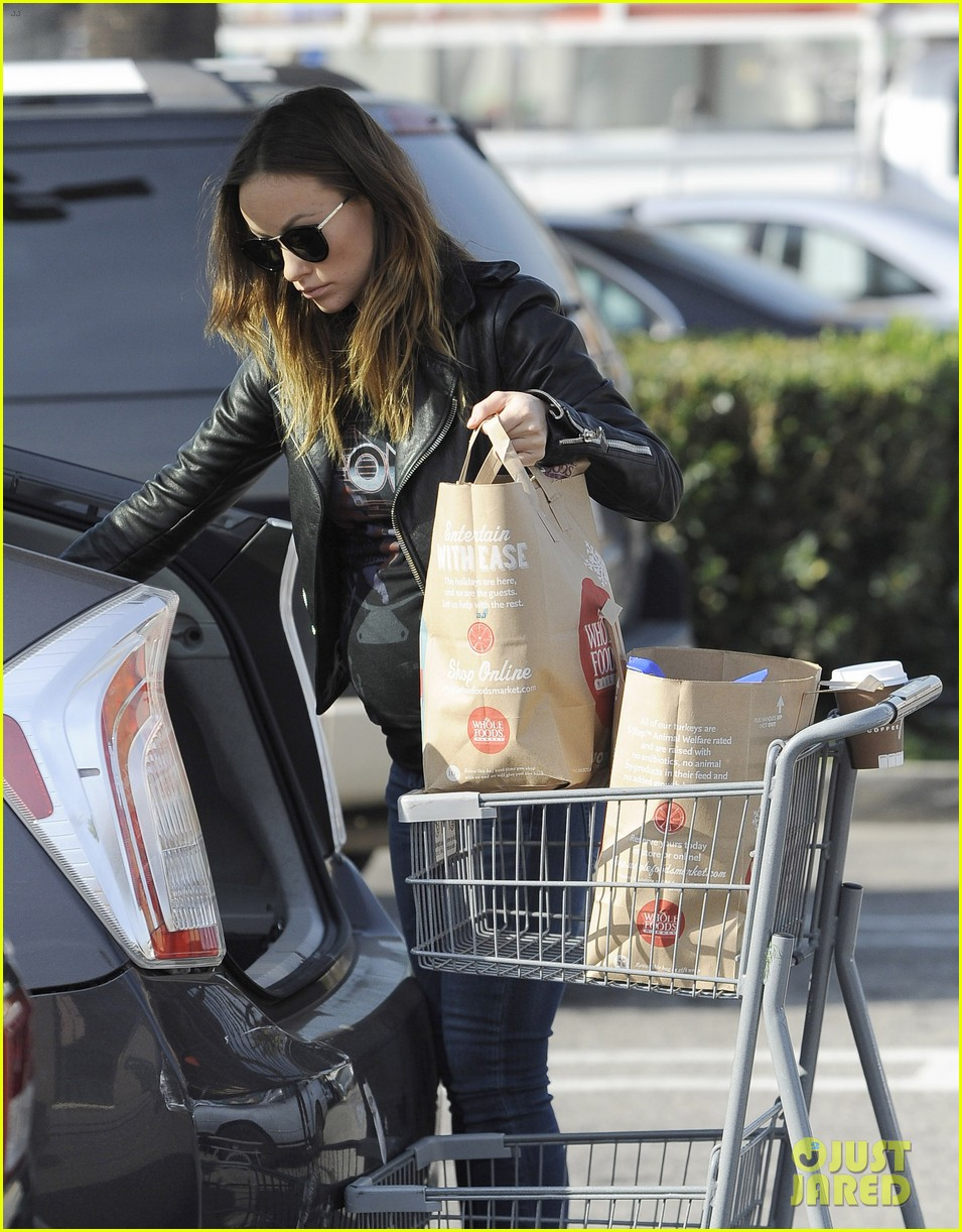 olivia wilde presenting at the 2014 golden globes this sunday 153026018