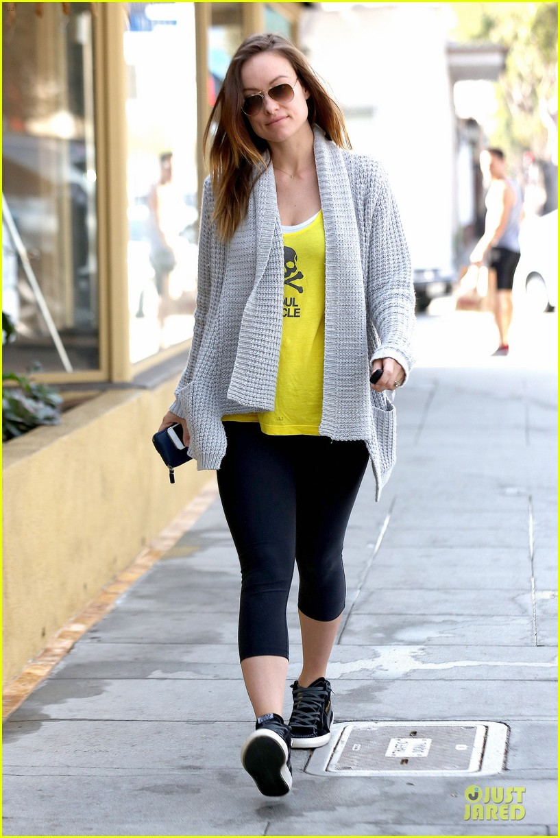 olivia wilde im very happy to see rain in la 143043381
