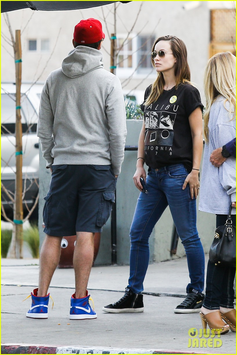 olivia wilde basketball game date with jason sudeikis 263035681