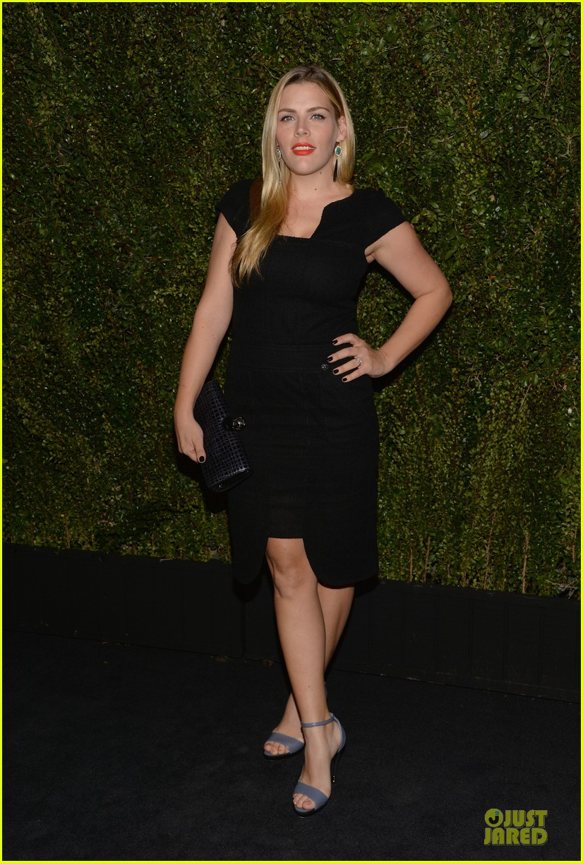 reese witherspoon busy philipps drew barrymore book celebratiion 053031576
