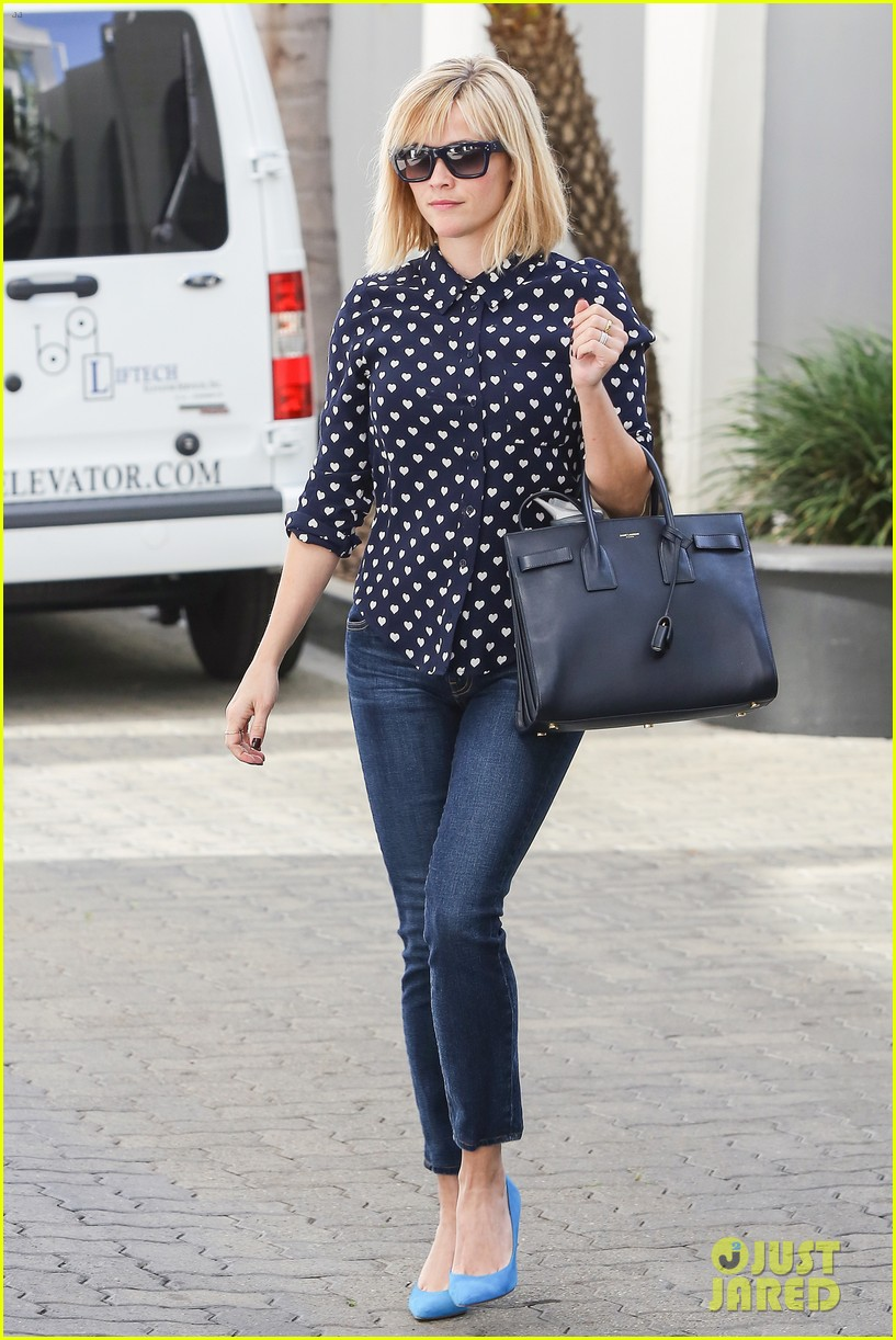 reese witherspoon keeps busy with shopping meetings 043038830