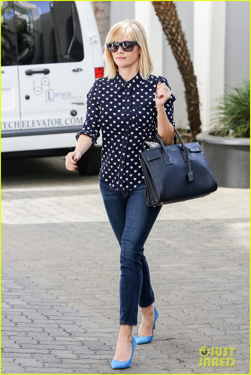 reese witherspoon keeps busy with shopping meetings 073038833