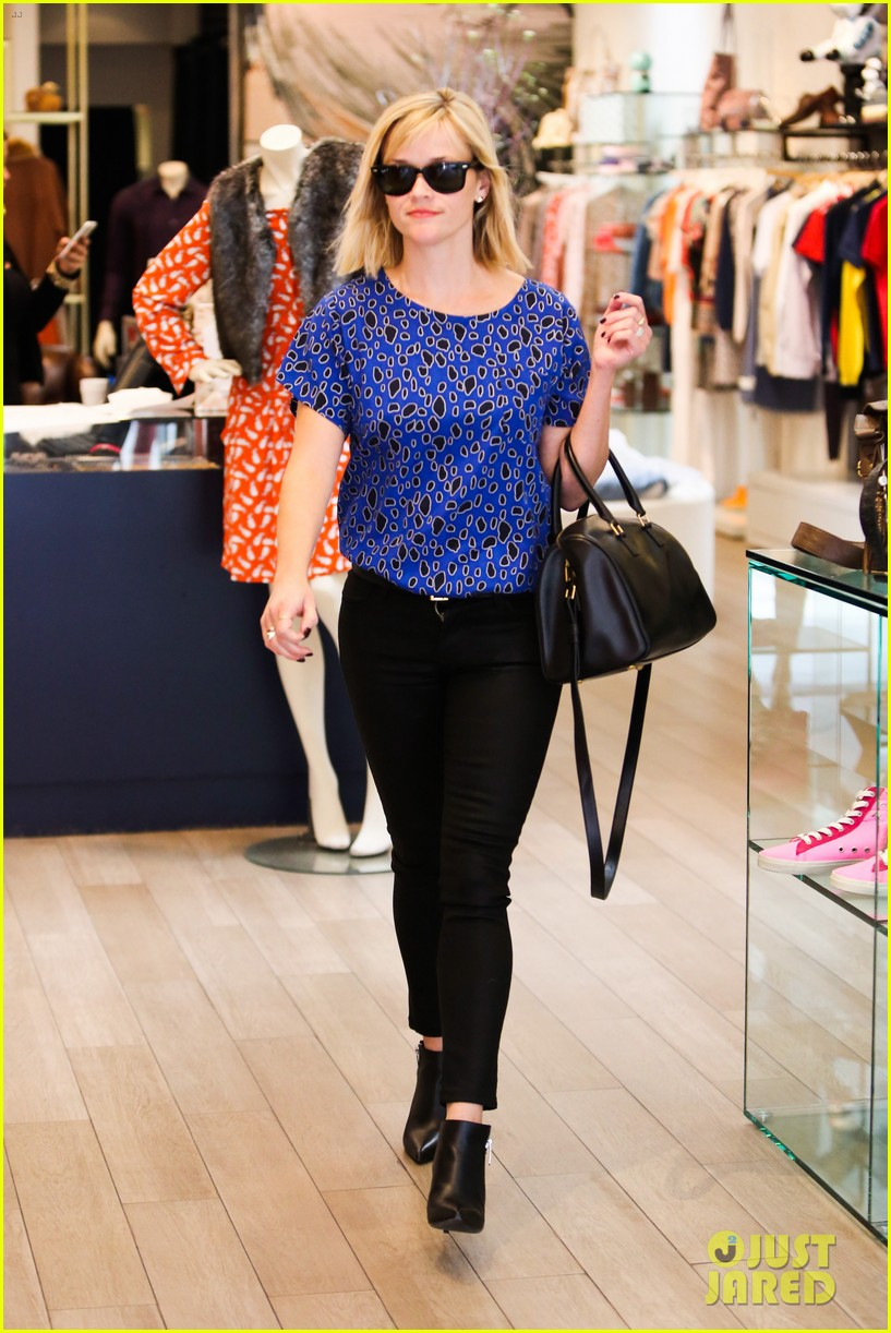 reese witherspoon keeps busy with shopping meetings 183038844