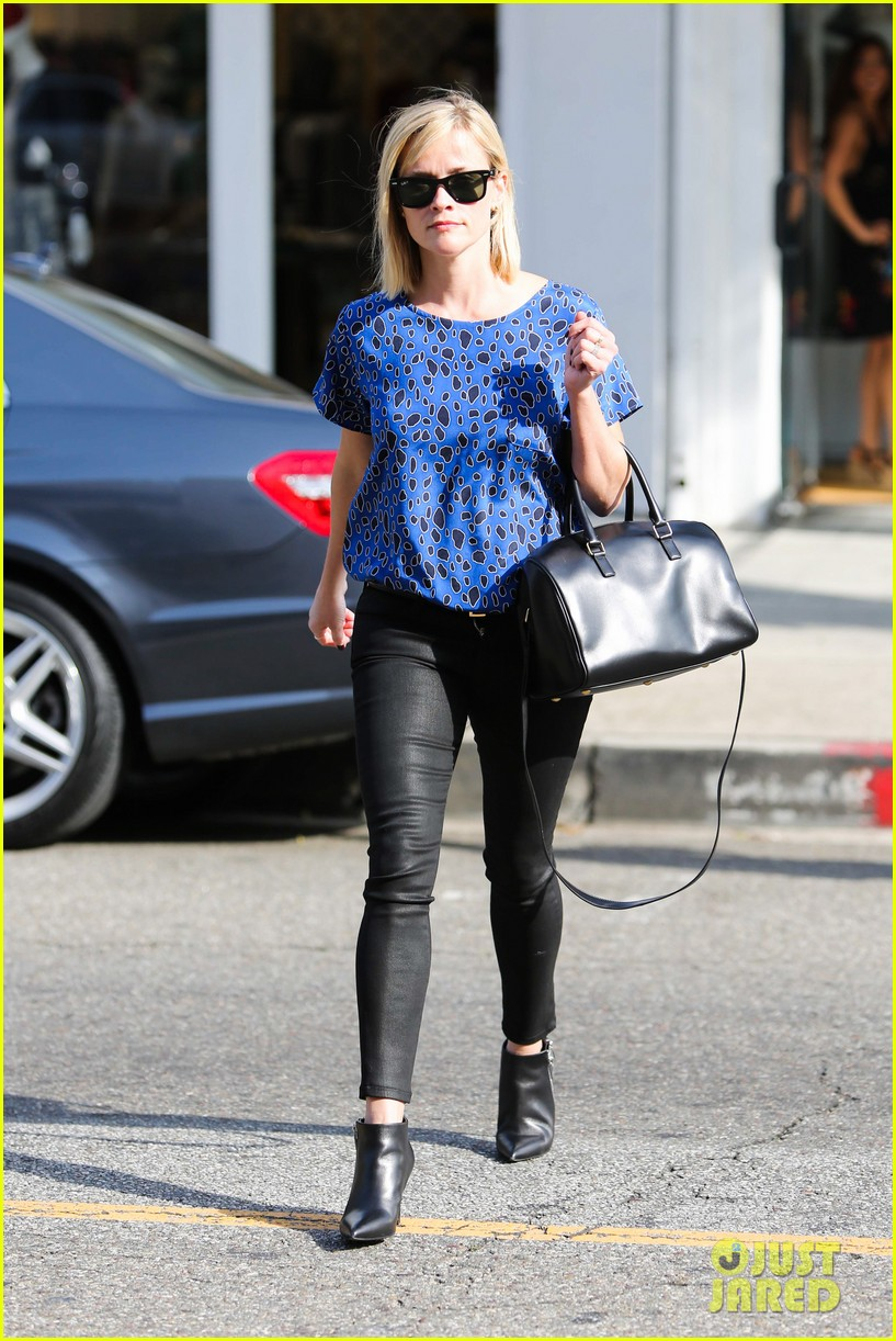 reese witherspoon keeps busy with shopping meetings 193038845