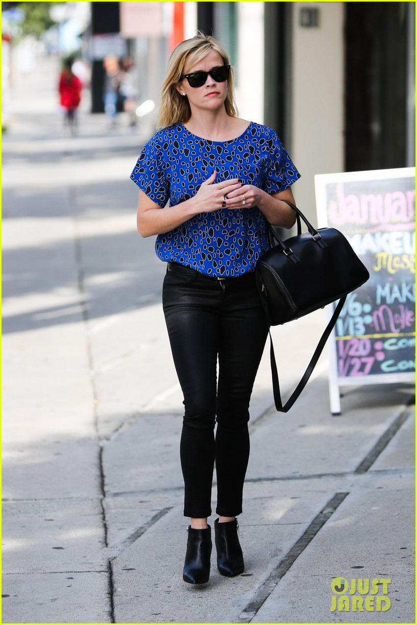 reese witherspoon keeps busy with shopping meetings 273038853