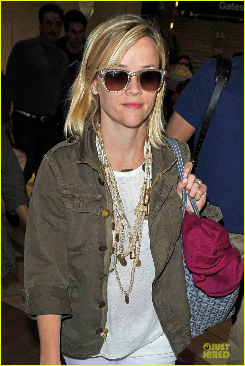 reese witherspoon lax arrival after justin bartha wedding 183024786