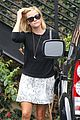 reese witherspoon pampering session after morning workout 15