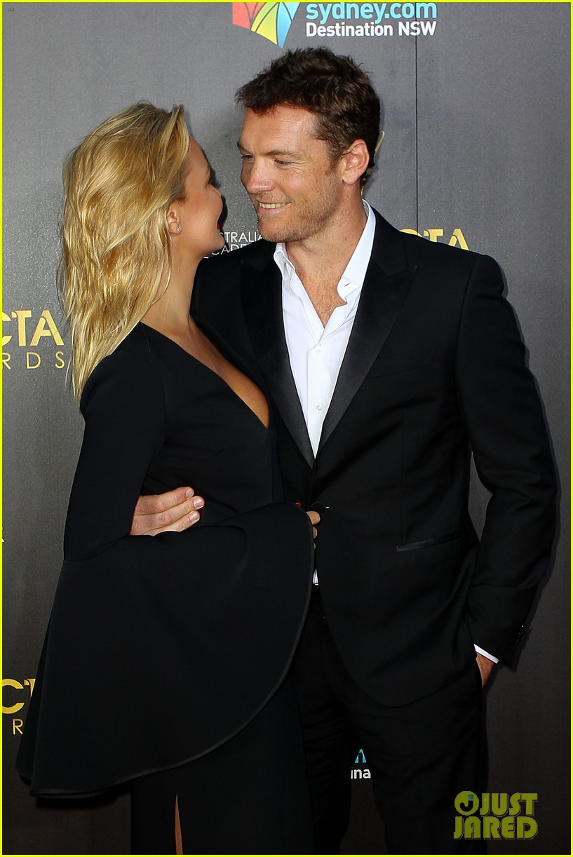 sam worthington lara bingle aacta awards ceremony 2014 093044054
