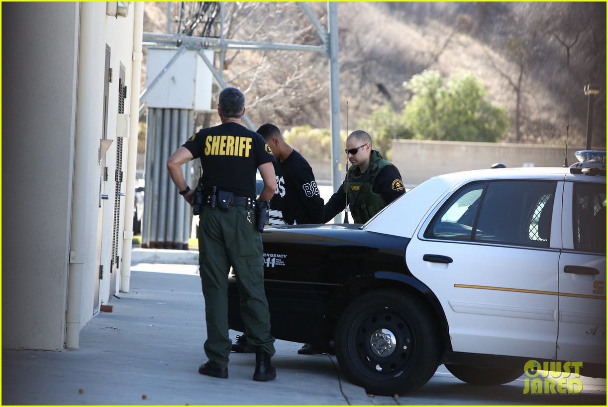 lil za arrested after justin biebers house raided photos 043031184