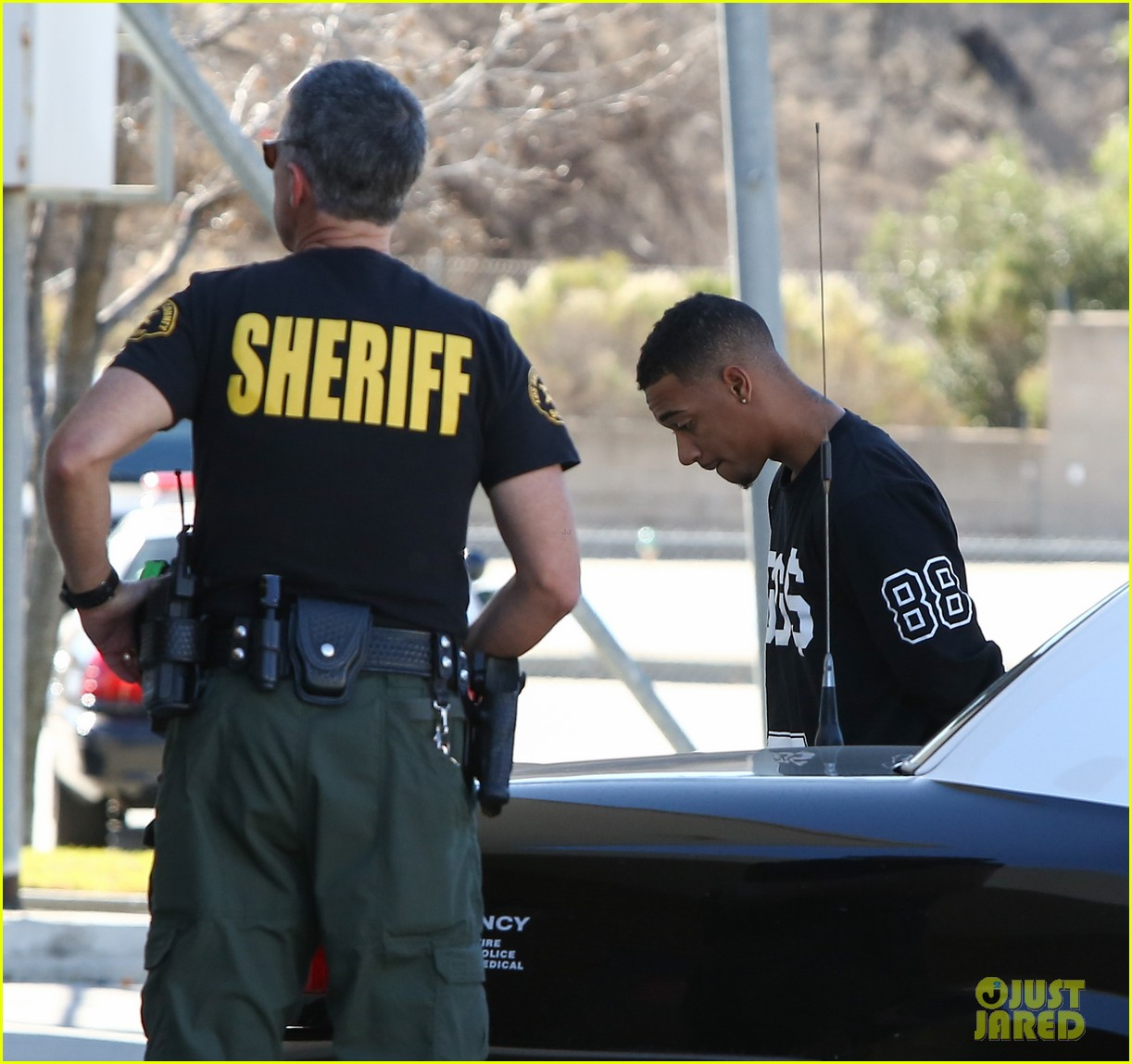 lil za arrested after justin biebers house raided photos 053031185