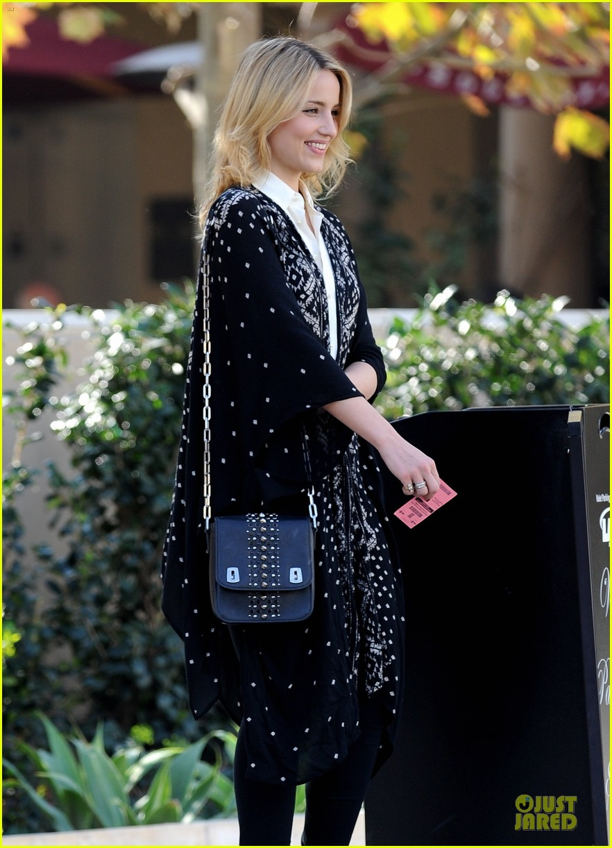 dianna agron chatting babe at bouchon bistro 073059152