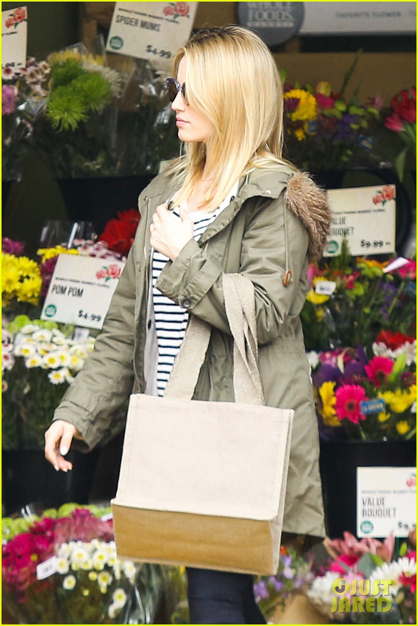 dianna agron chace crawford had a blast filming glee 023056270