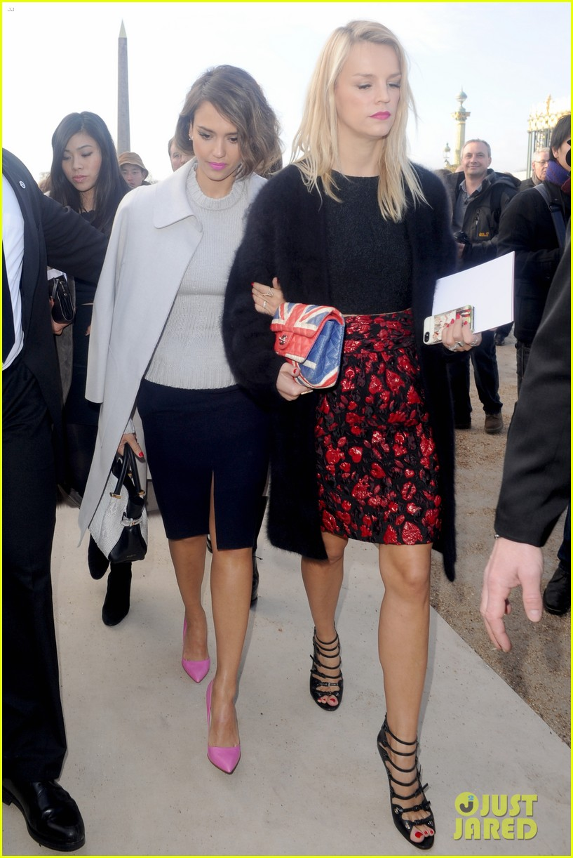 jessica alba attends nina ricci show with bff kelly sawyer 013061732