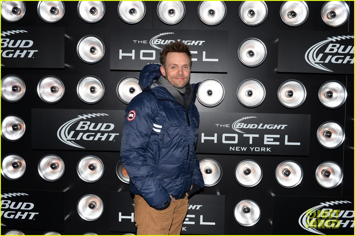 kevin bacon josh lucas party at bud light hotel over super bowl weekend 023046168