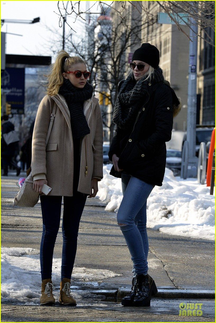 ireland baldwin hangs with gigi hadid on valentines day 053054094