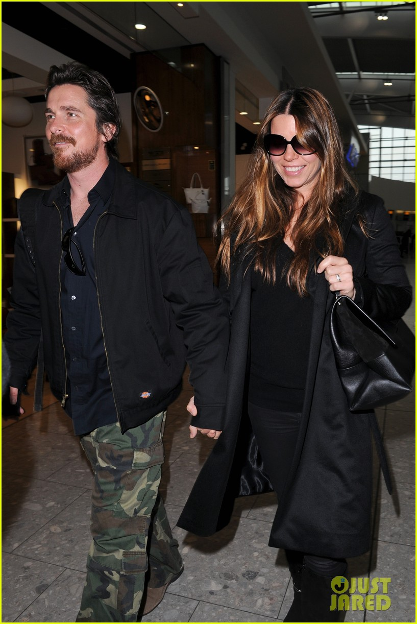 christian bale wife sibi blaszic hold hands after baftas 043055158