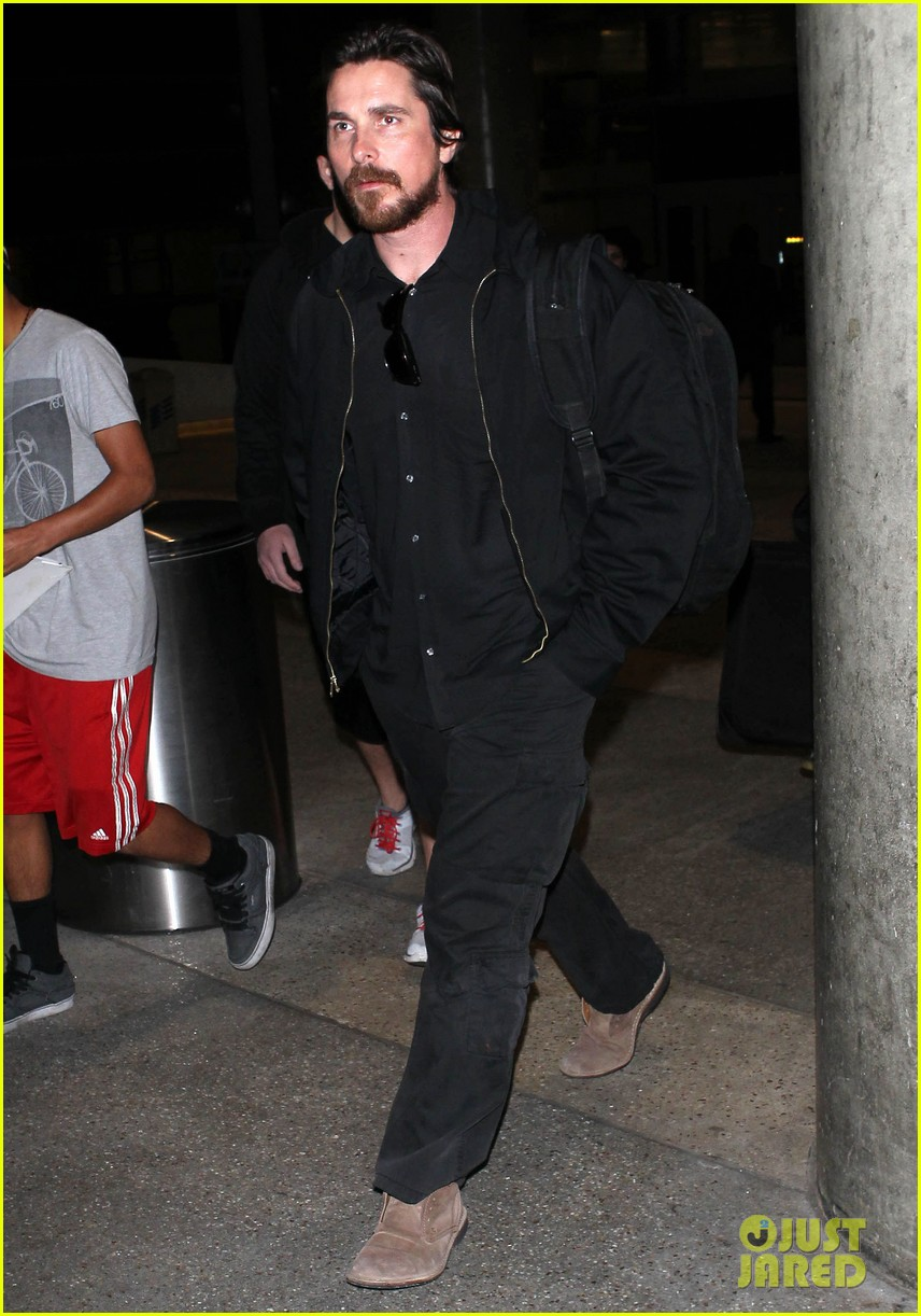 christian bale back from berlin with family in tow 073050440
