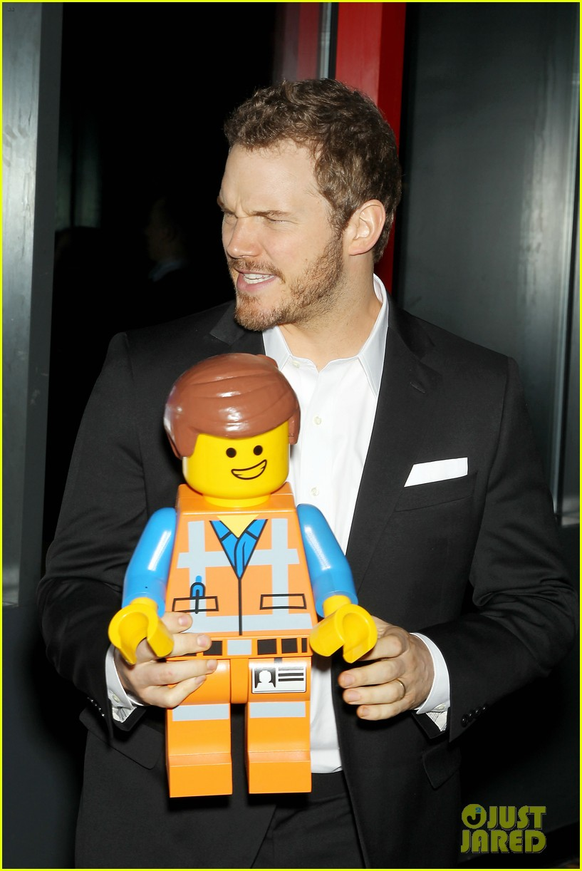 elizabeth banks chris pratt lego movie nyc screening 133048256