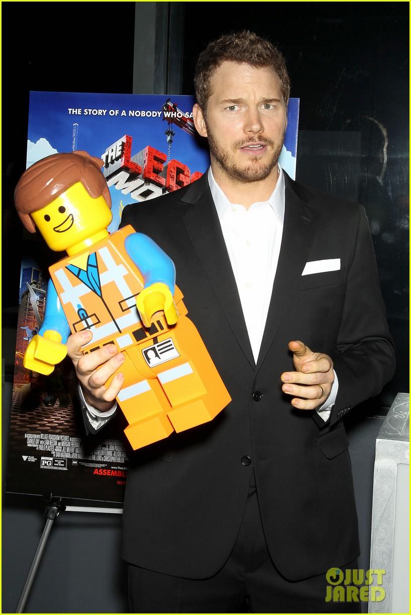 elizabeth banks chris pratt lego movie nyc screening 153048258