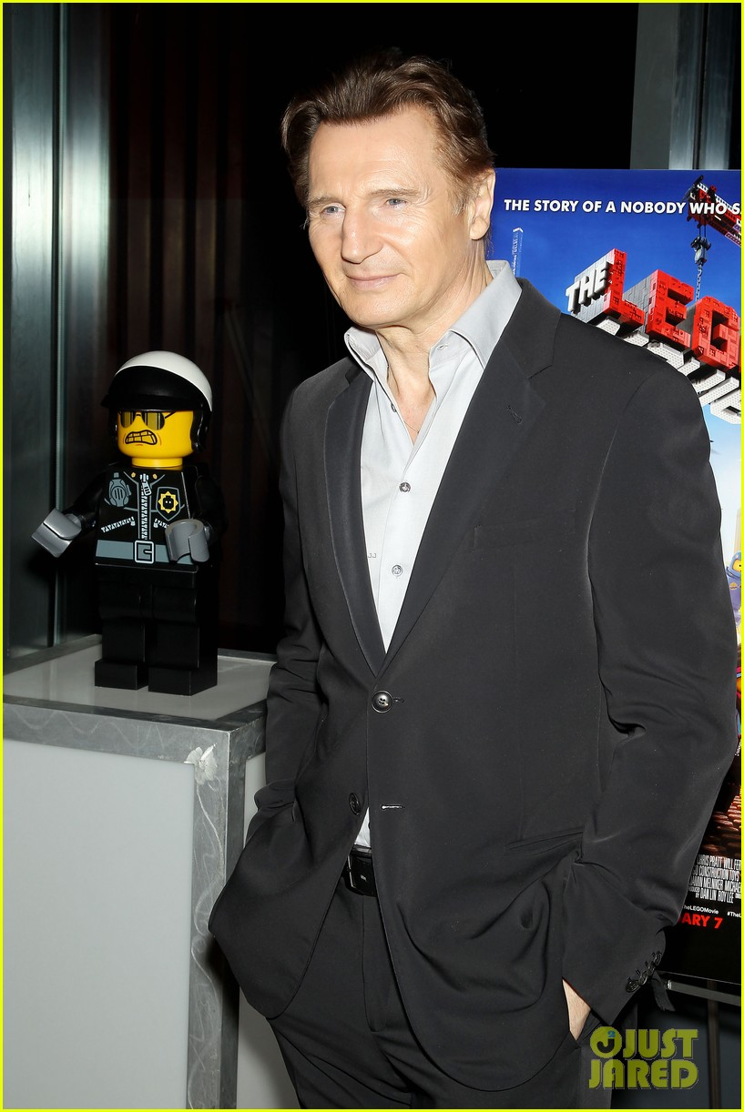 elizabeth banks chris pratt lego movie nyc screening 243048267
