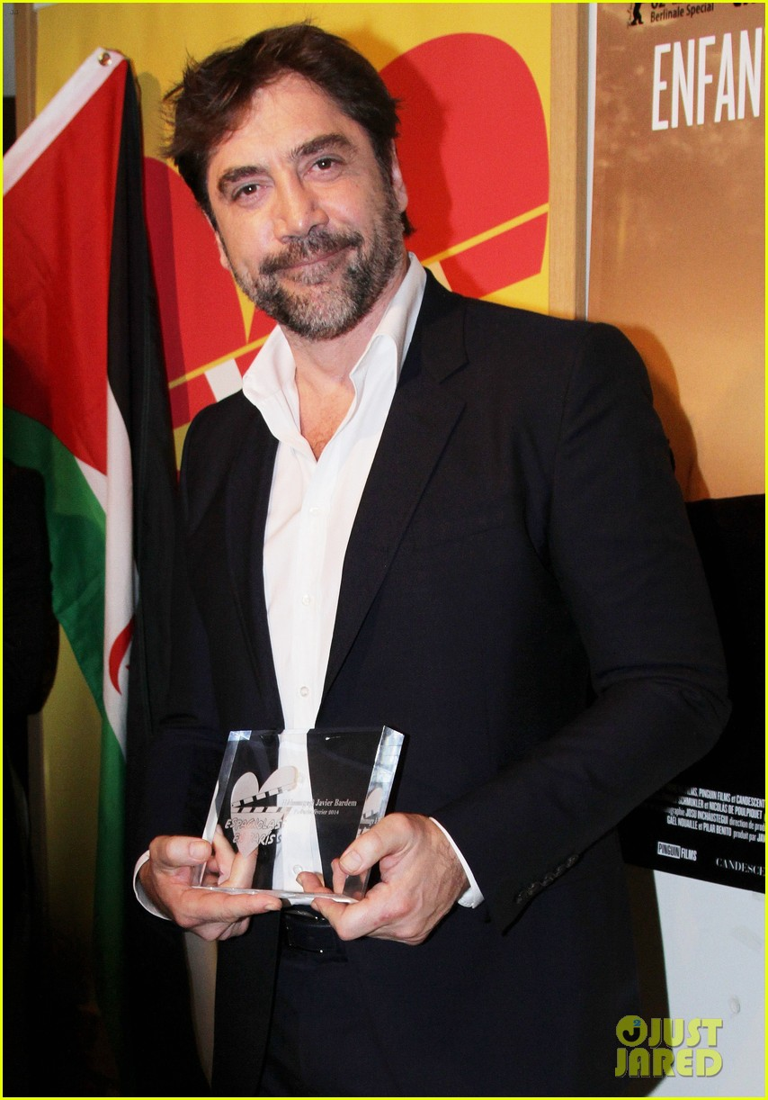 javier bardem sons of the clouds paris premiere 083056123