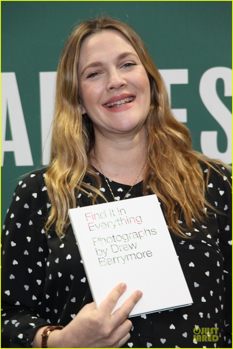 drew barrymore donates jeans to support teens for jeans 023051005