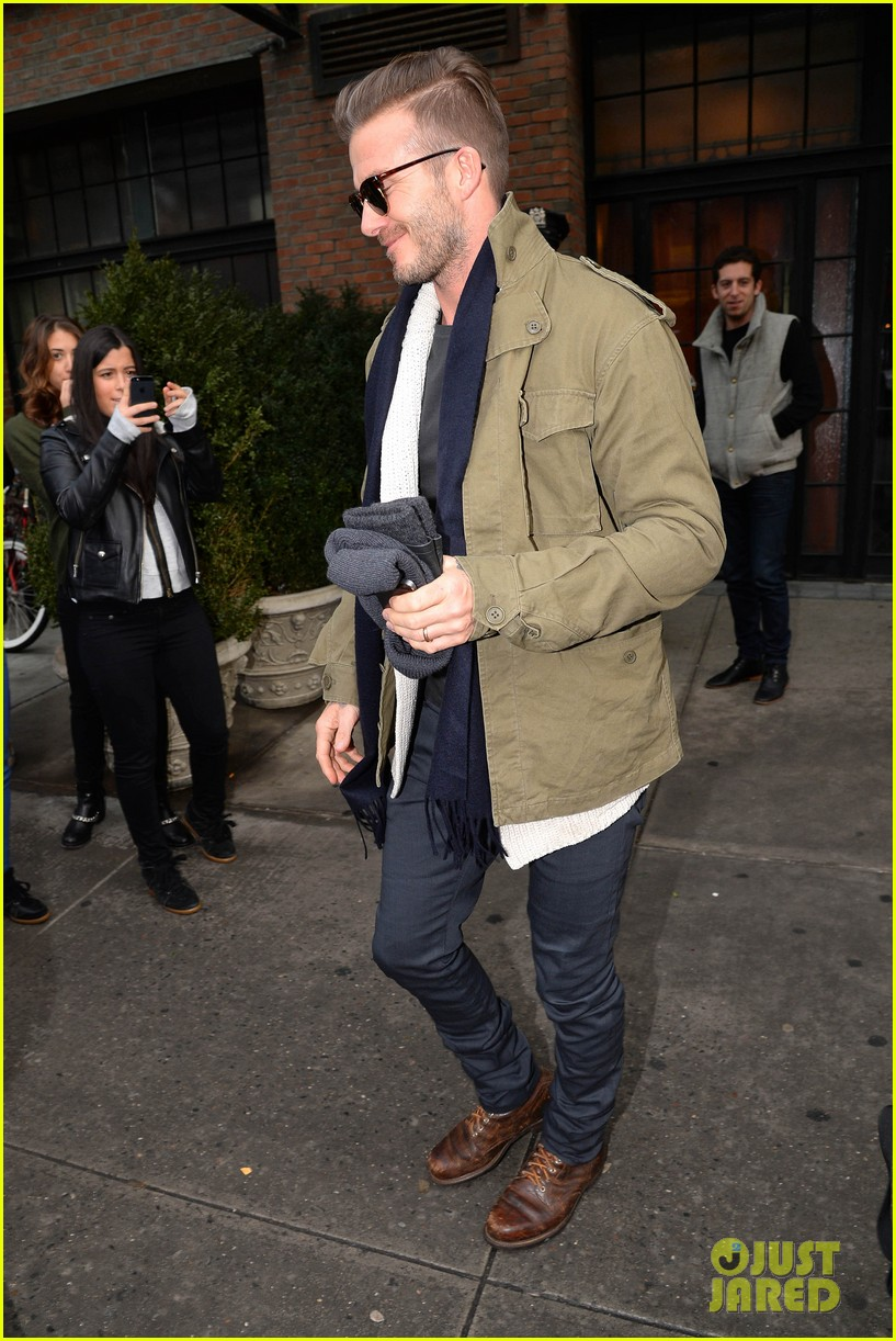 victoria beckham stayed in london while david attended super bowl 2014 073046901