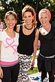 kate beckinsale gives back with yoga fundraiser pink joins in to help fight breast cancer 06