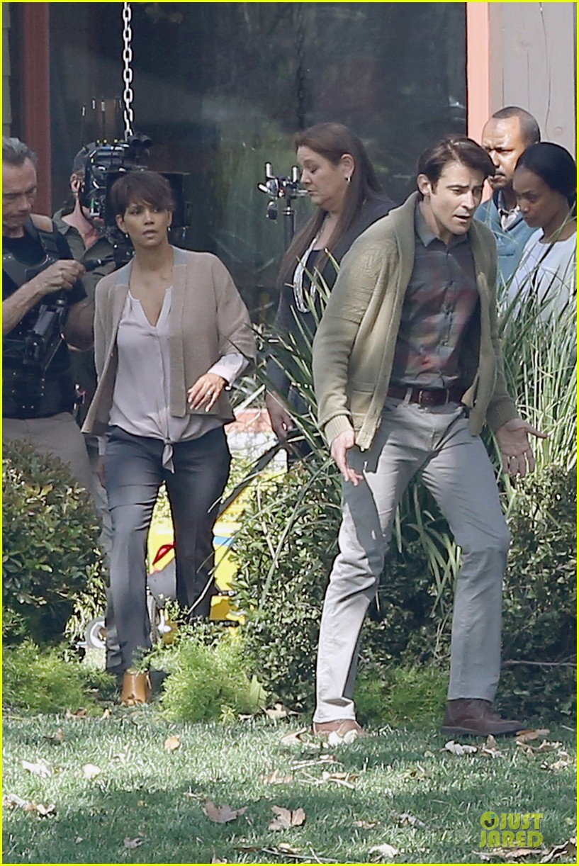 halle berry spends valentines day filming extant with goran visnjic 033053724