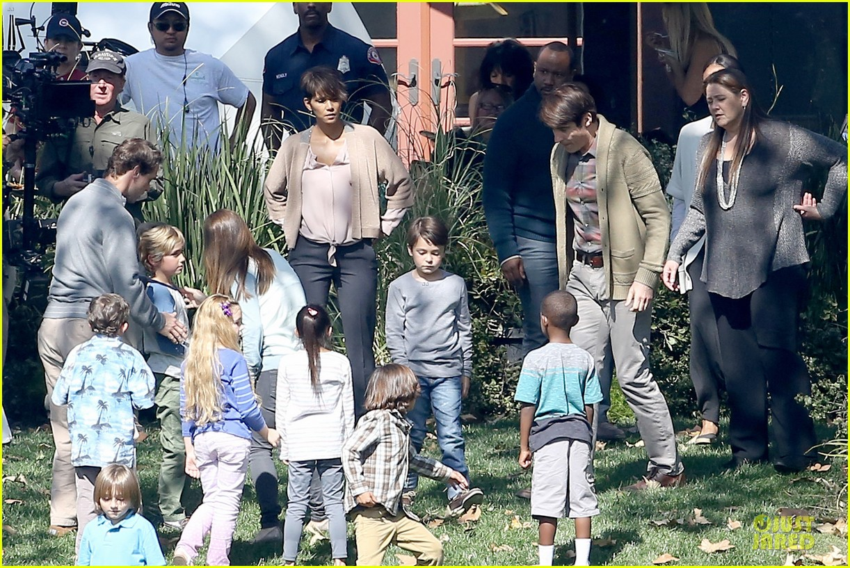halle berry spends valentines day filming extant with goran visnjic 223053743