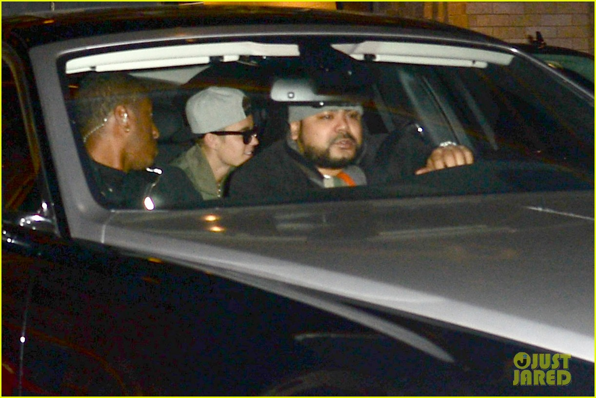justin bieber hits up maxim super bowl party after plane flagged by customs 07