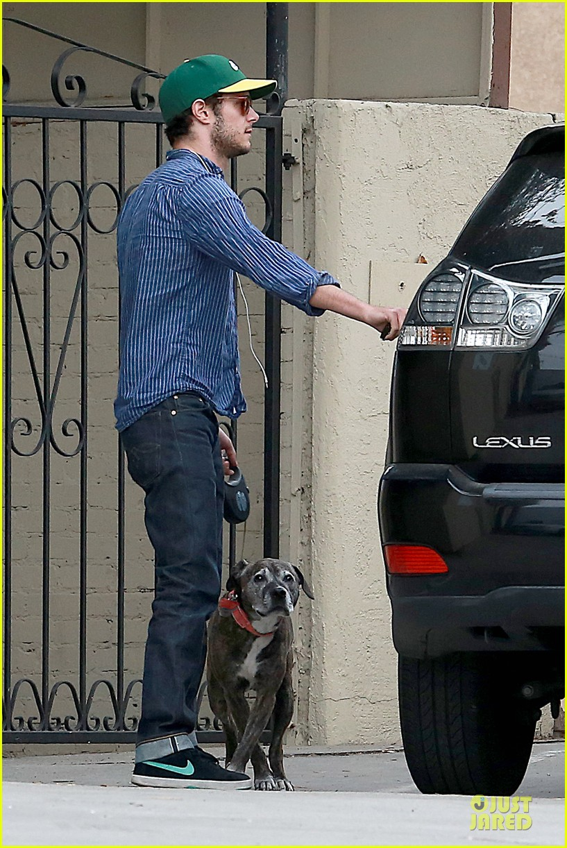 adam brody steps out with ring after wedding rumors 17