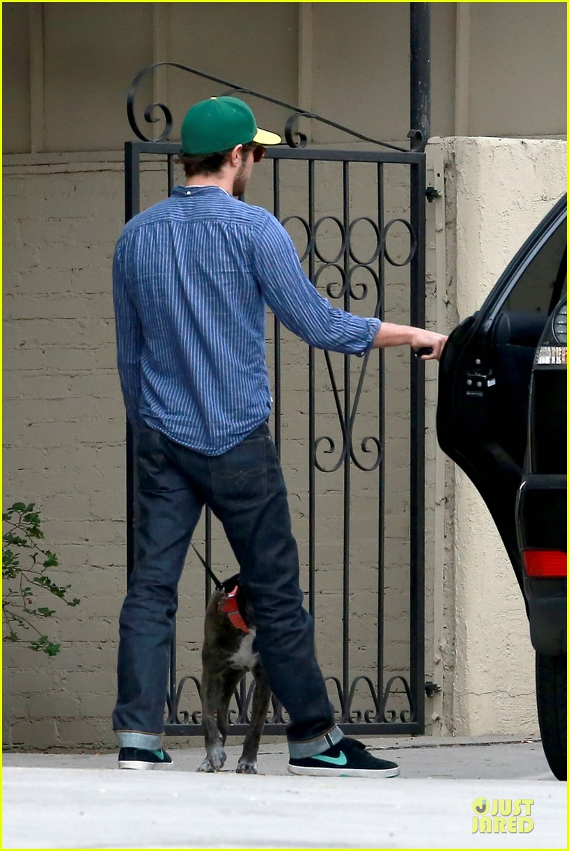 adam brody steps out with ring after wedding rumors 183055887