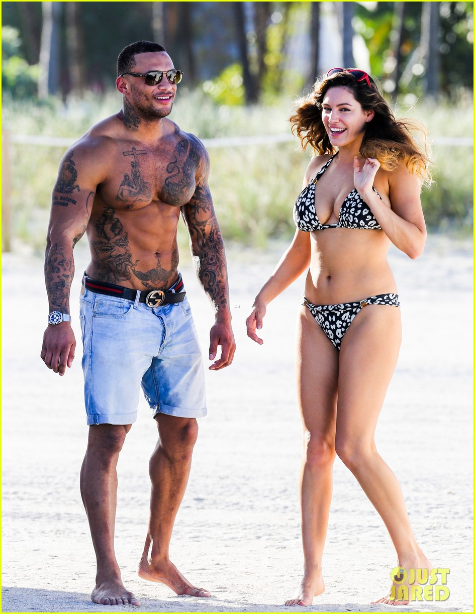kelly brook bikini babe with macho boyfriend david mcintosh 123046861