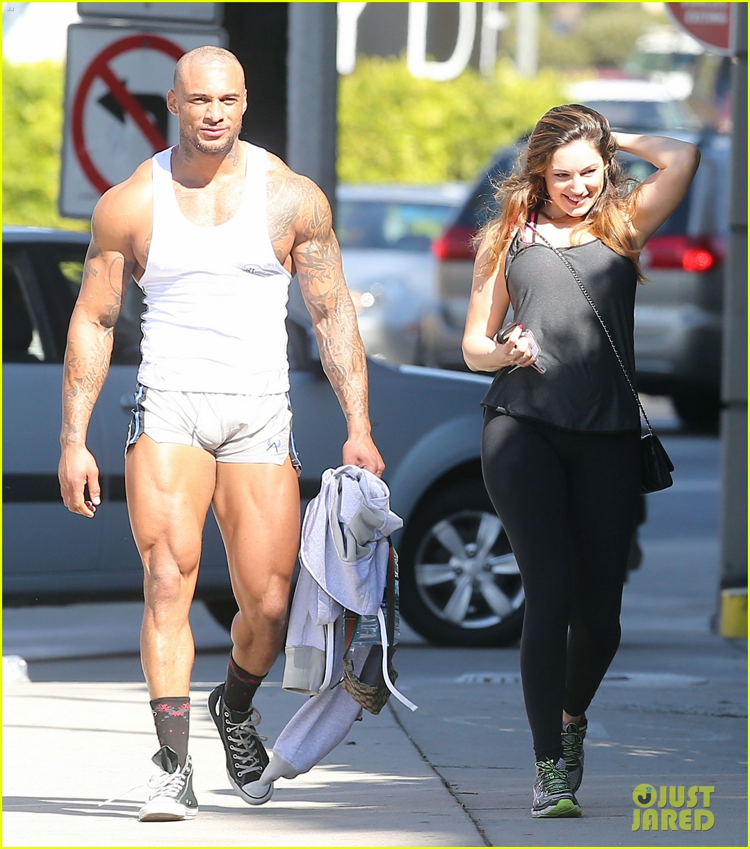 kelly brooks boyfriend leaves little to the imagination in tight short shorts 083052619