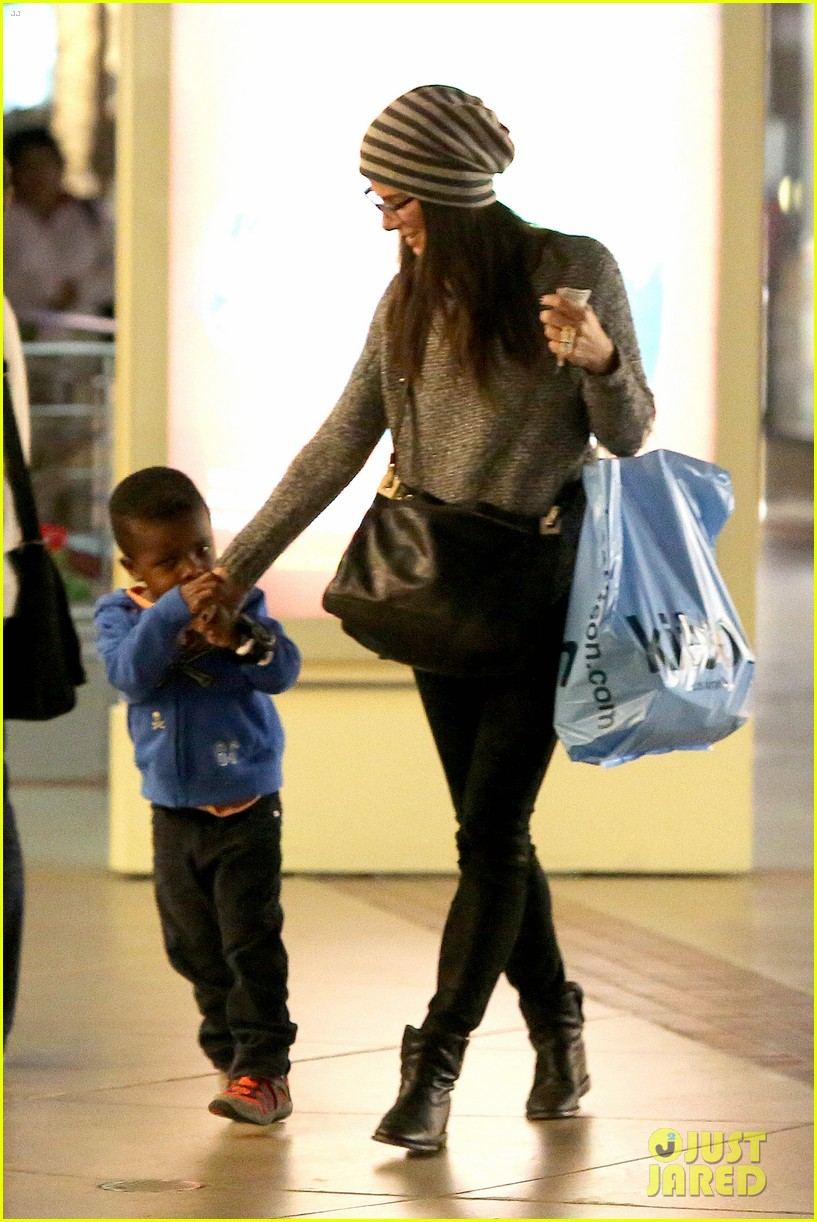 sandra bullock takes louis to see the lego movie 033050580