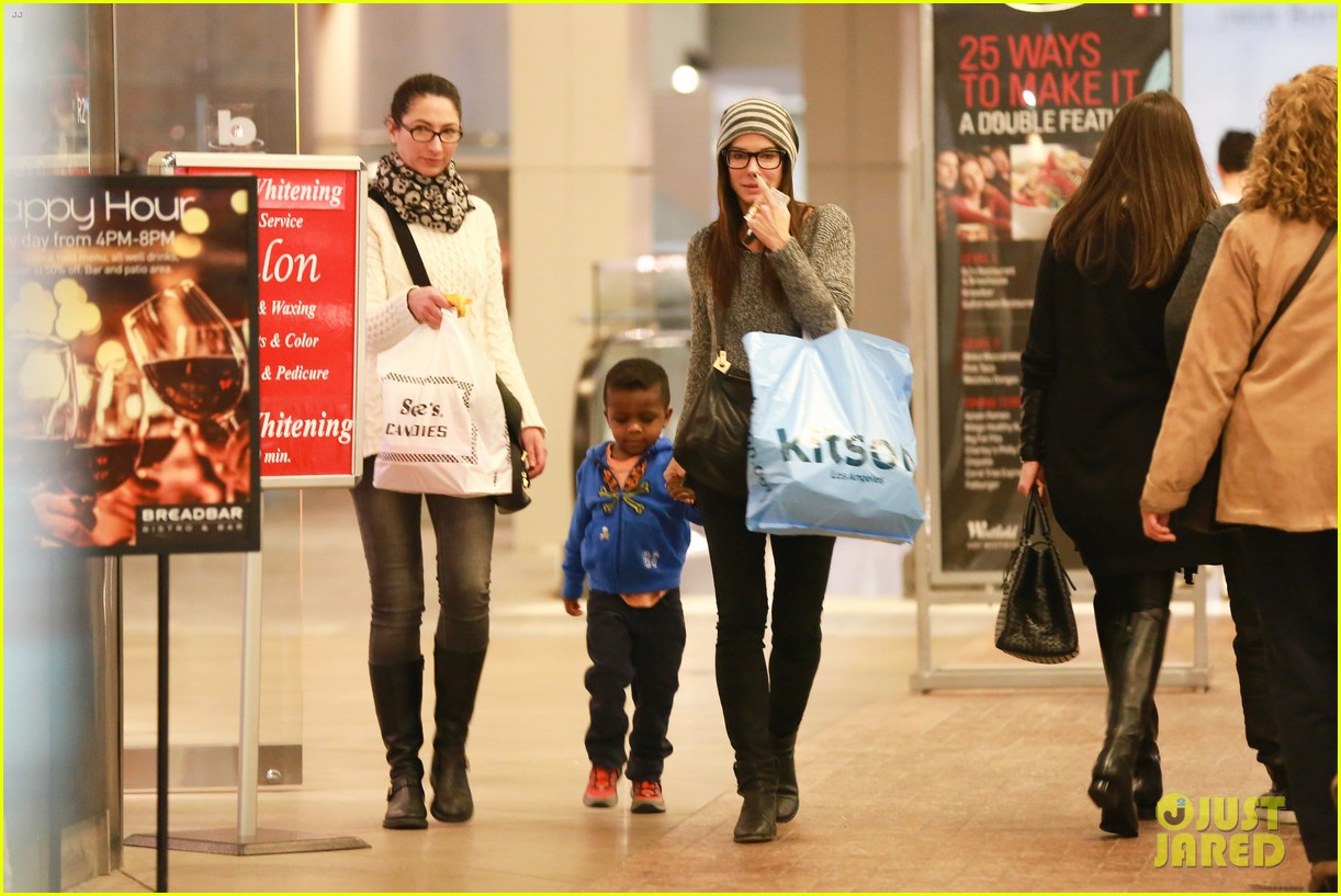 sandra bullock takes louis to see the lego movie 103050587