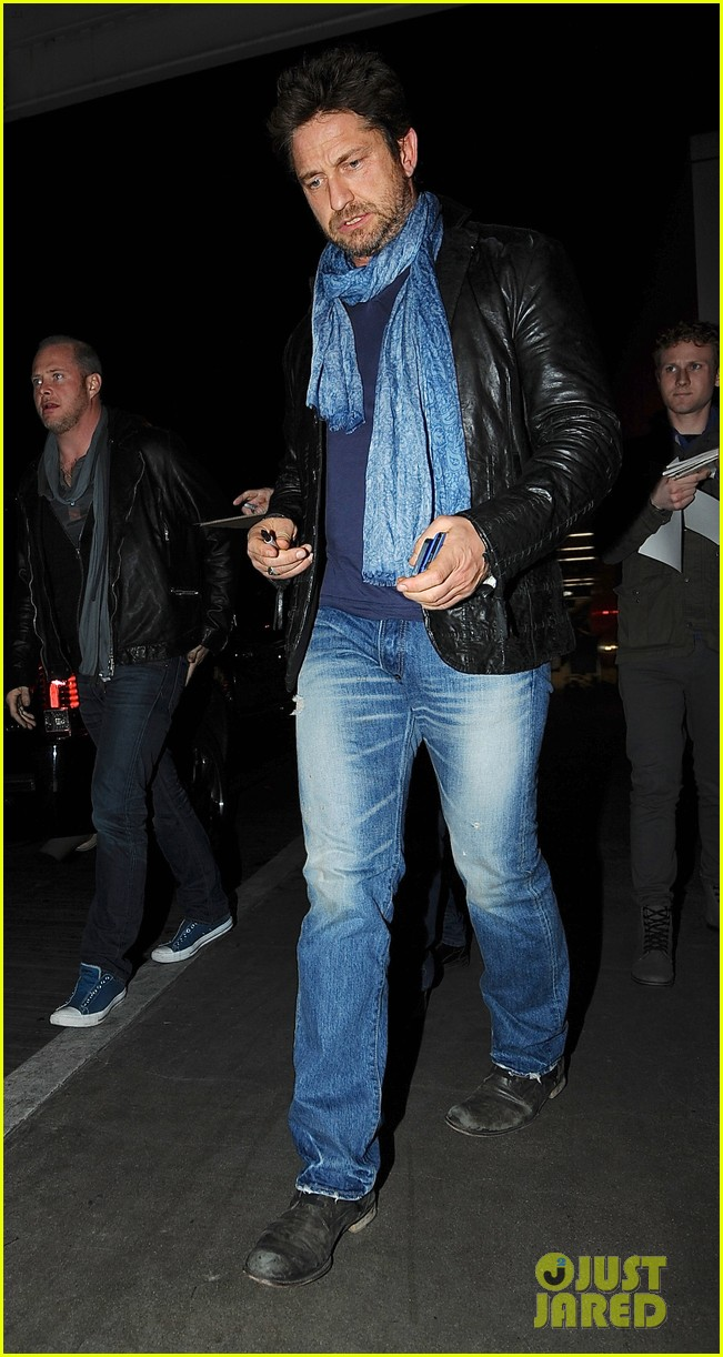 gerard butler from nyc to lax 013055502