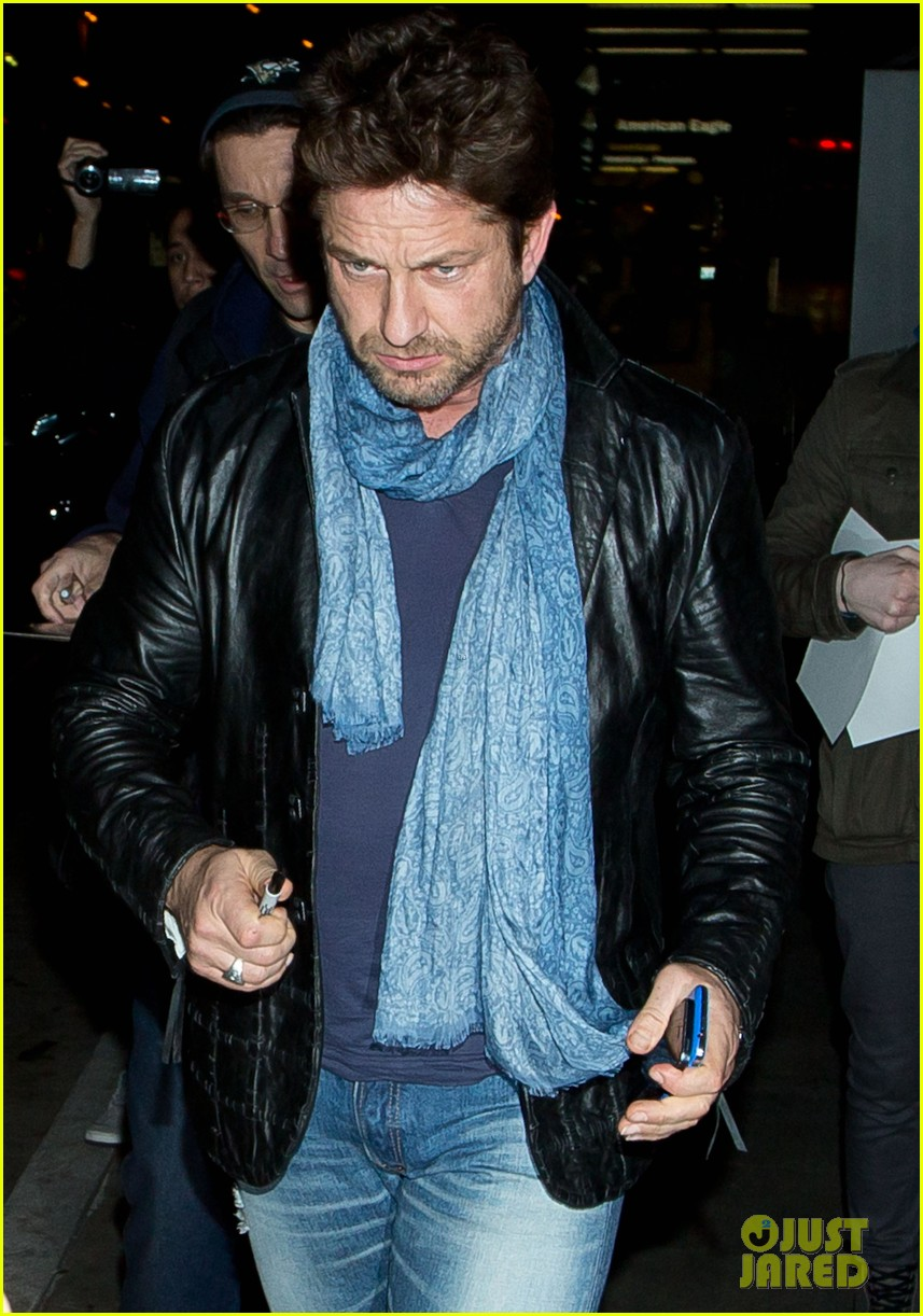 gerard butler from nyc to lax 103055511