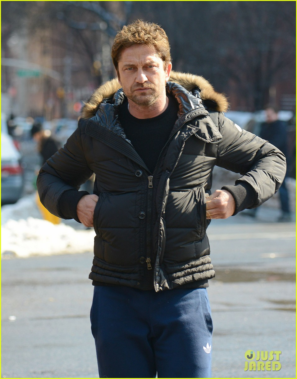 gerard butler keeps warm in furry brown coat 043055148