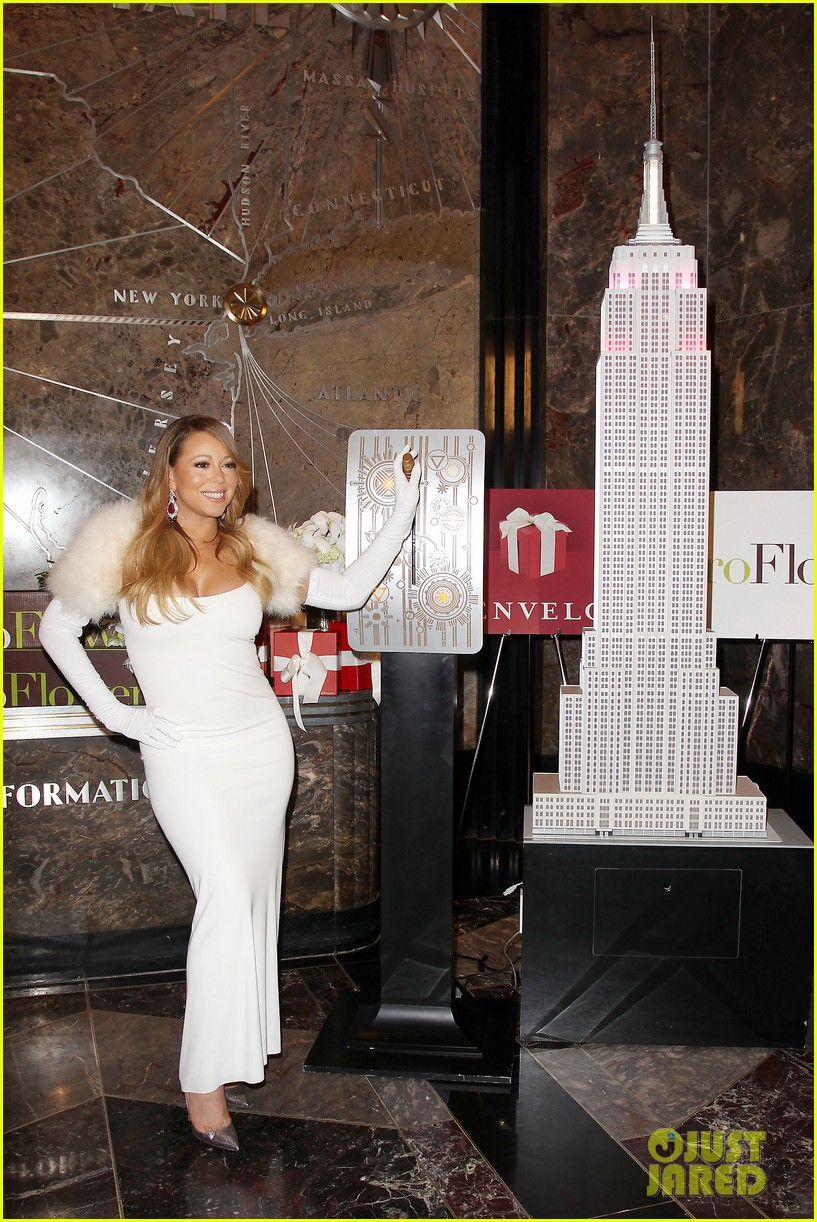 mariah carey lights empire state building for valentines day wedding event 093052910