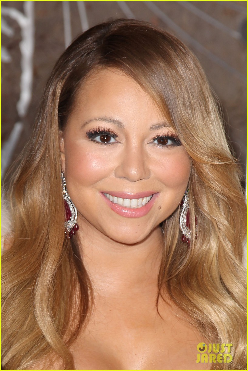 mariah carey lights empire state building for valentines day wedding event 103052911