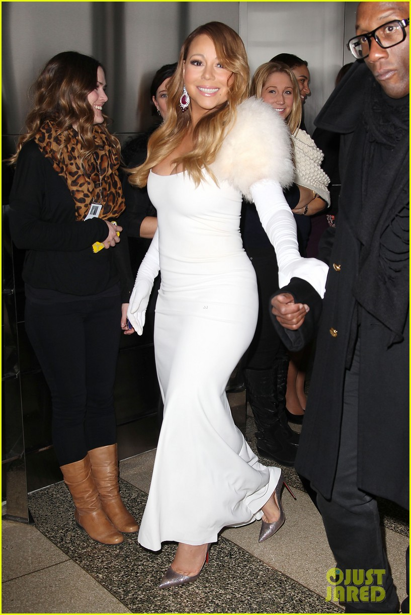 mariah carey lights empire state building for valentines day wedding event 123052913